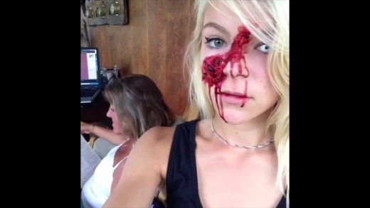 How-to-scare-your-mom-Zombie-GREAT-VINES