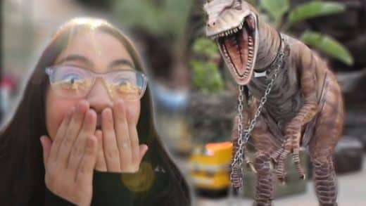 I-Scared-My-Best-Girl-Friend-With-A-Live-Dinosaur