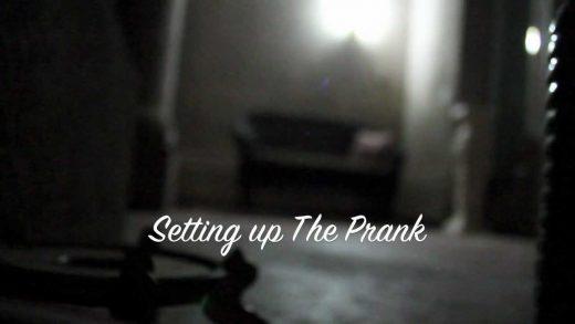 Scare-Prank-On-My-Aunt