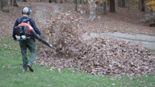 dad-gets-scary-surprise-from-kids-while-blowing-leaves